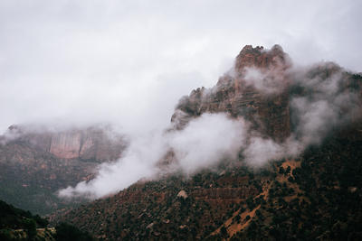 Mountains & clouds (Zion National Park) - example preset