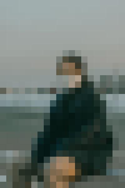 Sky, standing, street fashion, travel (js2yrqod) - example preset
