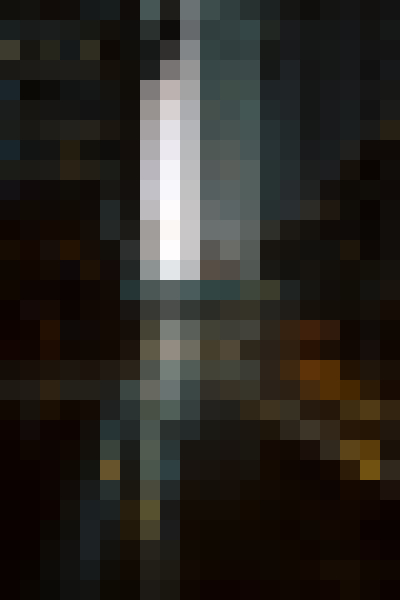 Building, skyscraper, daytime, automotive lighting (oevkyqnm) - example preset